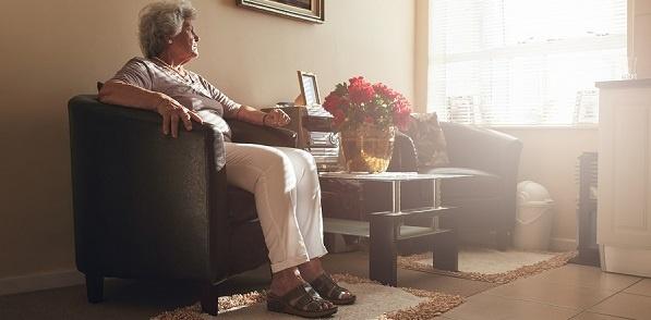 Senior_with_dementia_LR.jpg