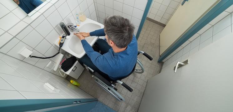 Senior Living: The Wheelchair-Friendly Bathroom