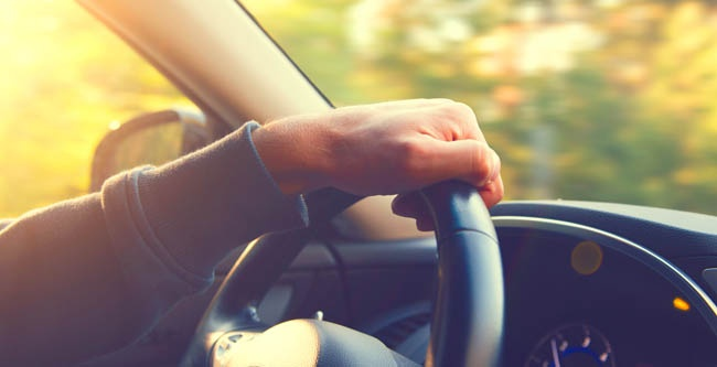 7 Car Travel Tips For Traveling With a Senior Who Has Dementia
